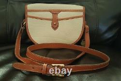 AUTHENTIC 1990's VINTAGE DOONEY & BOURKE AWL CAVALRY TAN CROSSBODY WITH TAGS