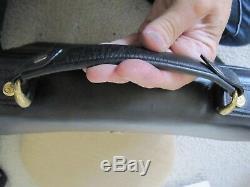 Auth CELINE Horse Carriage Shoulder Bag Portfolio Black Gold Leather Vintage