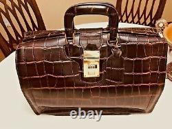 FLYING HORSE Vintage Leather Gladstone Briefcase / Doctor Lawyer Bag US Made