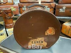 Superb vintage round leather ladies ascot travelling horse shoe hat box