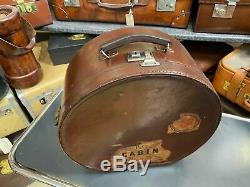 Superb vintage round leather ladies ascot travelling horse shoe hat box