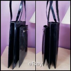 Vintage Authentic Gucci Black Patent Leather Shoulder Bag Purse Horse-bit Accent