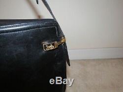 Vintage Celine Horse & Carriage Coach Logo Black Leather Shoulder Bag Purse Rare