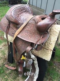 Vintage Pioneer Big Horn Leather Horse Riding Saddle